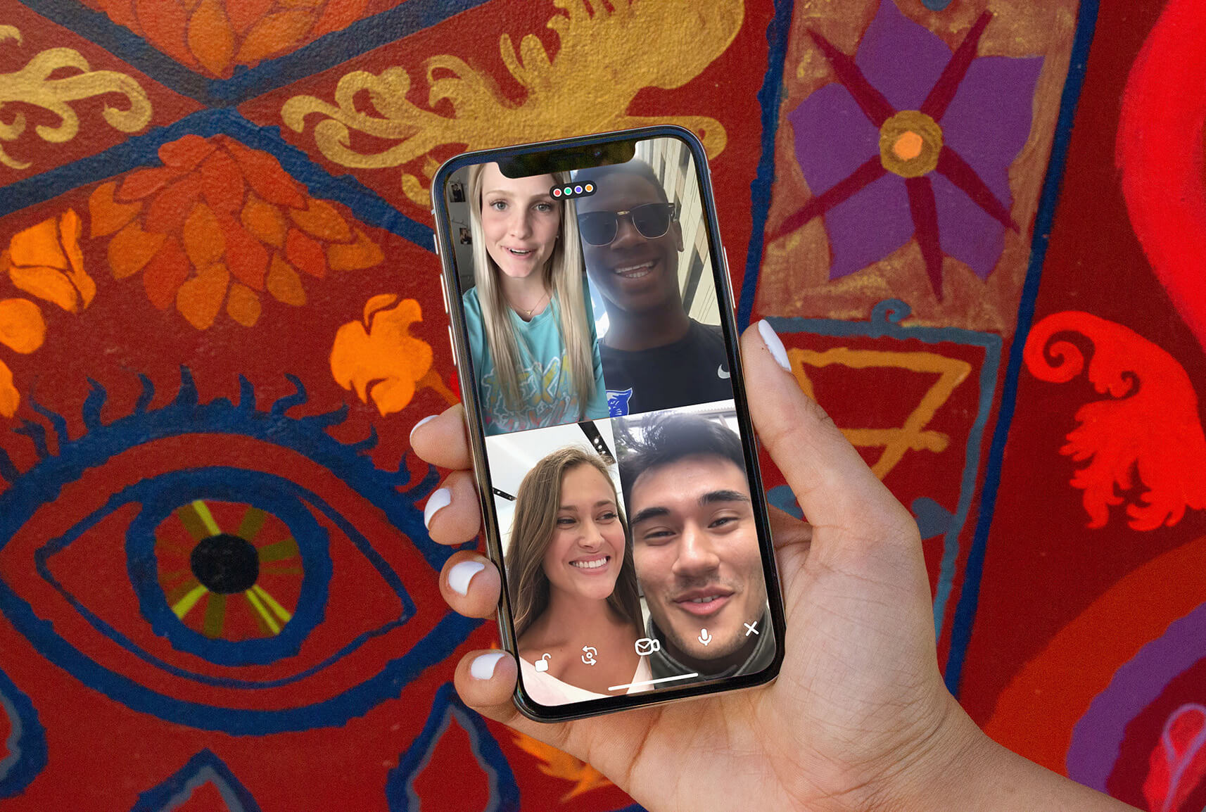 Using Houseparty app to stay connected in self isolation