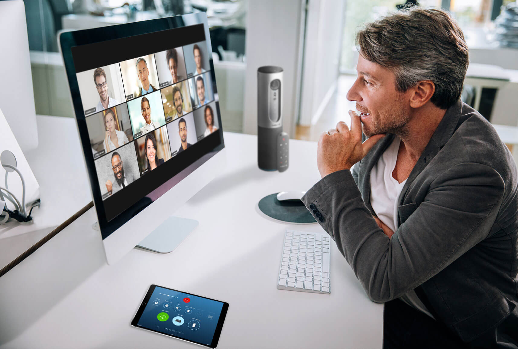 Using Zoom app to stay connected in self isolation