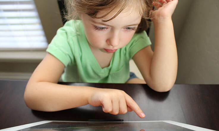 Indoor activities for kids - learn to code